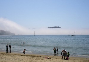 Strange fog seen from Playa Principal - click to enlarge
