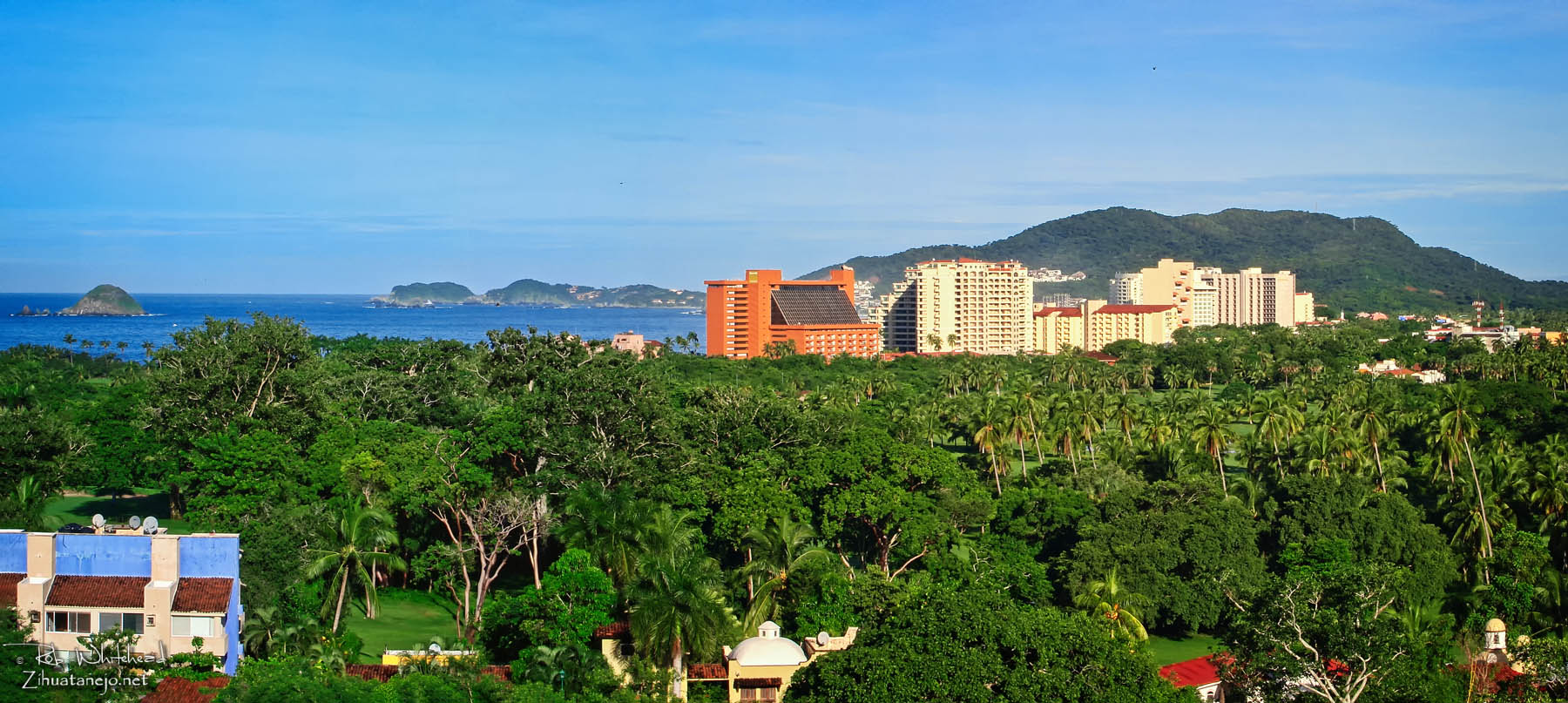 Hotels and condominiums in Ixtapa